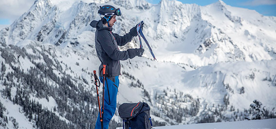 SKI PANTS---Hardshell Pants vs Softshell Pants